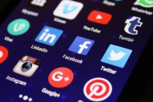 Článek Blog ADOL Jak ovládnout sociální sítě